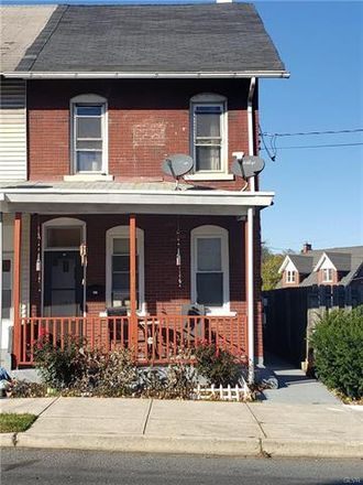 Rent this 3 bed duplex on Broadway in Bethlehem, PA