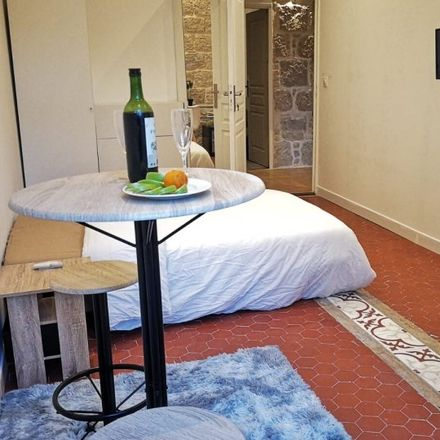 Rent this 5 bed room on 3 Rue du Rocher in 06000 Nice, France