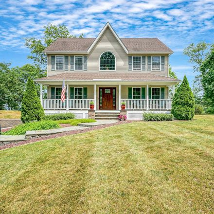 Rent this 3 bed house on Lattintown Rd in Marlboro, NY