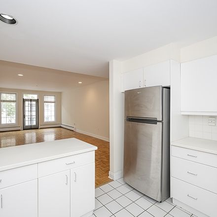 Rent this 1 bed condo on Shearwater Ct W in Jersey City, NJ