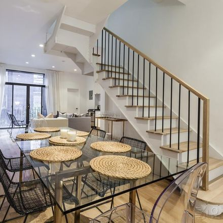Rent this 7 bed townhouse on 124 East 37th Street in New York, NY 10016