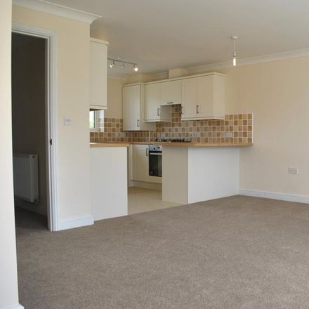 Rent this 3 bed house on Rackhams Funeral Services in Stanley Road, Diss IP22 4BN