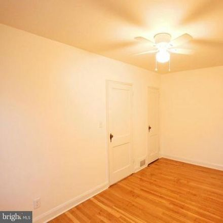 Rent this 2 bed condo on 3813 Parkview Avenue in Baltimore, MD 21207