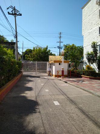 Rent this 3 bed apartment on Universidad del Sinu in Avenida Transversal 54, Dique
