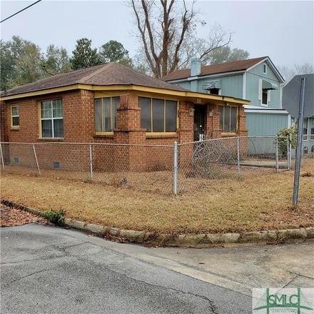 Rent this 3 bed house on 4019 Campbell Street in Savannah, GA 31405