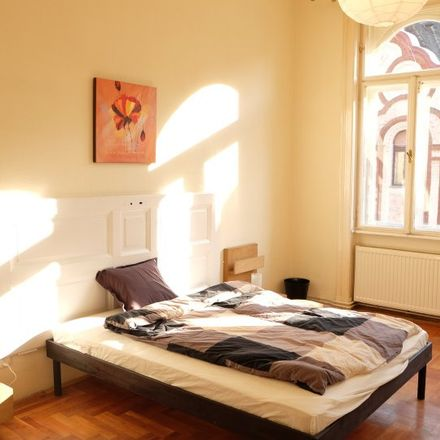 Rent this 5 bed room on Budapest in Vörösmarty utca 58/a, 1064