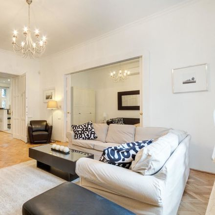 Rent this 2 bed apartment on Budapest in Lónyay u., Hungría