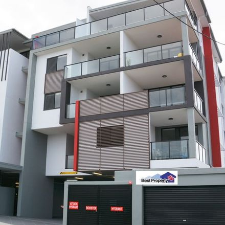 Rent this 2 bed apartment on 23/18-20 Gallway Street
