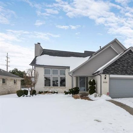 Rent this 4 bed house on 28688 Wales Drive in Chesterfield Township, MI 48047