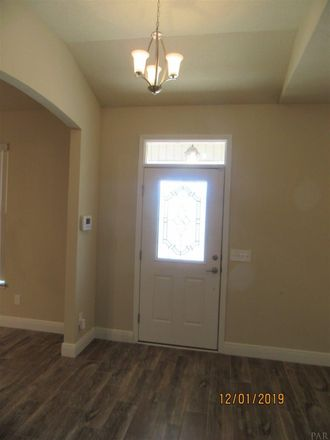 Rent this 3 bed apartment on Alder Ave SE in Fort Walton Beach, FL