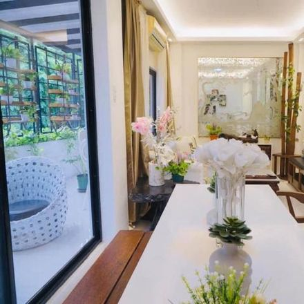 Rent this 3 bed house on 137 Jose Fabella in Mandaluyong, 1551