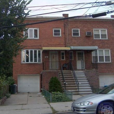 Rent this 3 bed condo on 3044 Radcliff Avenue in New York, NY 10469