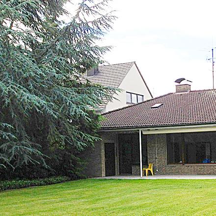 Rent this 5 bed house on SV Essen - Burgaltendorf 1913 e.V. in An der Windmühle, 45289 Essen