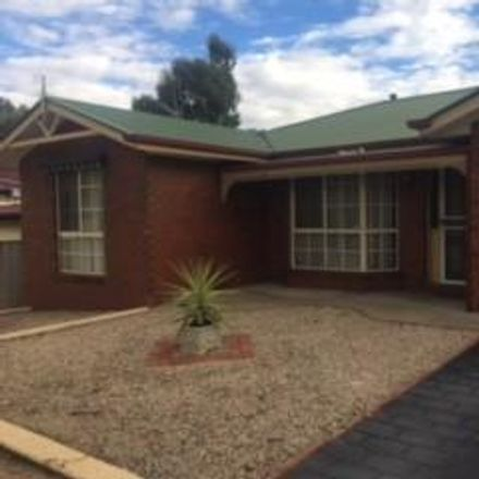 Rent this 2 bed townhouse on 2A Buller Street