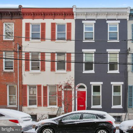 Rent this 4 bed townhouse on 425 North 20th Street in Philadelphia, PA 19130