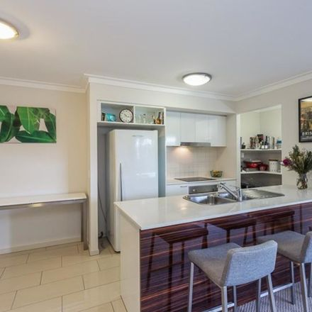 Rent this 2 bed apartment on 3202/131-153 Annerley Road