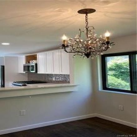 Rent this 2 bed condo on 31 Steven Drive in Town of Ossining, NY 10562