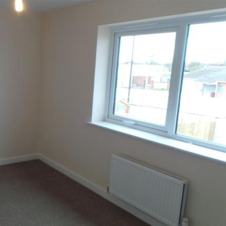 Rent this 2 bed house on Duke Street in Wakefield WF9 5DB, United Kingdom