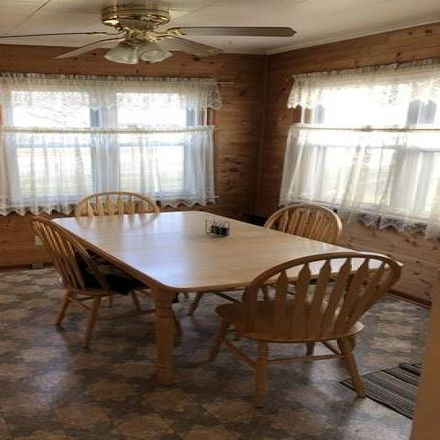 Rent this 3 bed house on 1579 West River Street in Kankakee, IL 60901