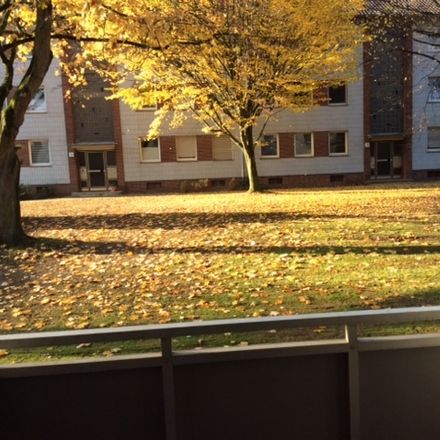 Rent this 3 bed apartment on Lauffsweg 12 in 41199 Mönchengladbach, Germany