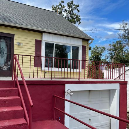 Rent this 4 bed house on 5707 Shawnee Drive in Oxon Hill, MD 20745