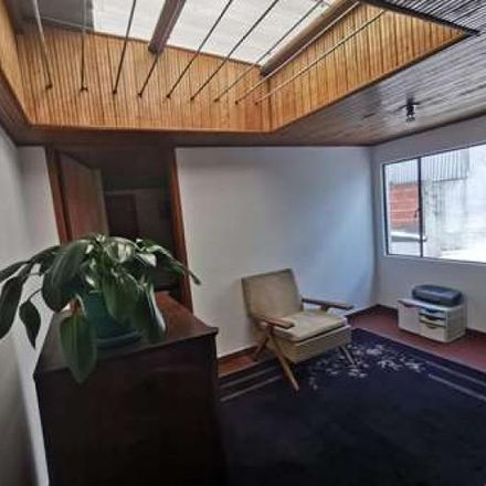 Rent this 6 bed apartment on Calle 64B in Localidad Engativá, 111061 Bogota