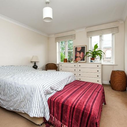 Rent this 1 bed apartment on Draymans Court in 41 Stockwell Green, London SW9 9QE