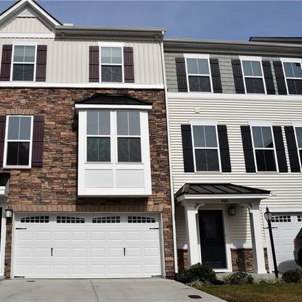 Rent this 3 bed condo on Chesapeake