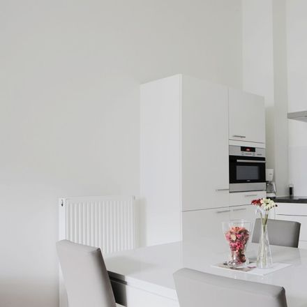 Rent this 1 bed apartment on Chambon in Rue d'Argent - Zilverstraat, 1000 Ville de Bruxelles - Stad Brussel