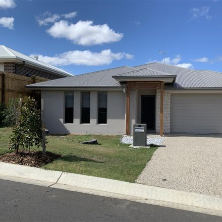 Rent this 5 bed house on 42 Wyperfeld Crescent