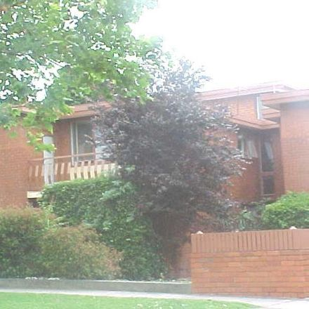 Rent this 2 bed apartment on 10/7 Albion Road