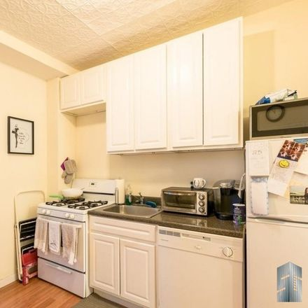 Rent this 3 bed apartment on 171 15th Street in New York, NY 11215