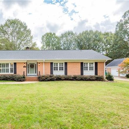 Rent this 4 bed house on 1001 Lansdowne Road in Charlotte, NC 28270