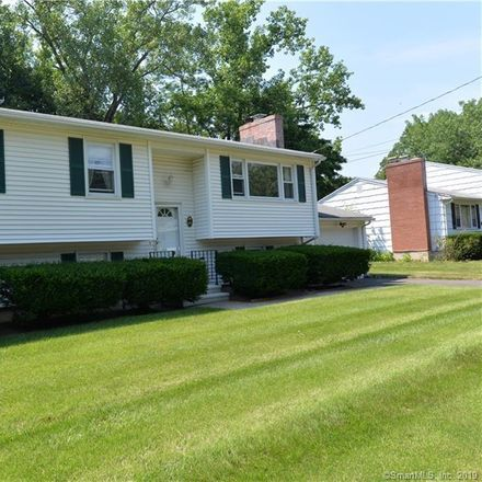 Rent this 3 bed house on 185 Brentwood Drive in Hamden, CT 06518