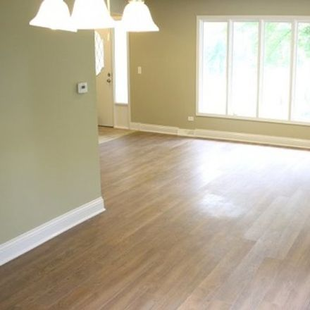 Rent this 3 bed townhouse on 1117 Ogden Ave in Western Springs, IL
