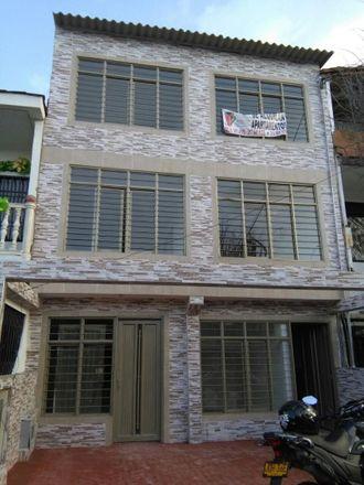 Rent this 2 bed apartment on Carrera 24 51-04 in Comuna 12, 760020 Perímetro Urbano Santiago de Cali