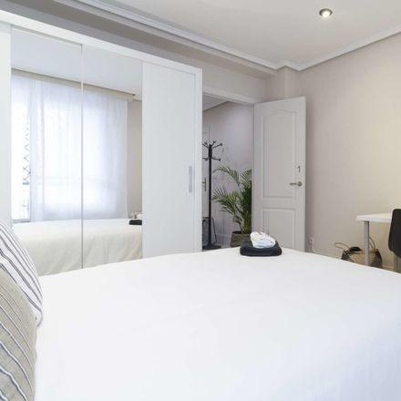 Rent this 5 bed room on Ercilla Kalea in 48009 Bilbo, Bizkaia