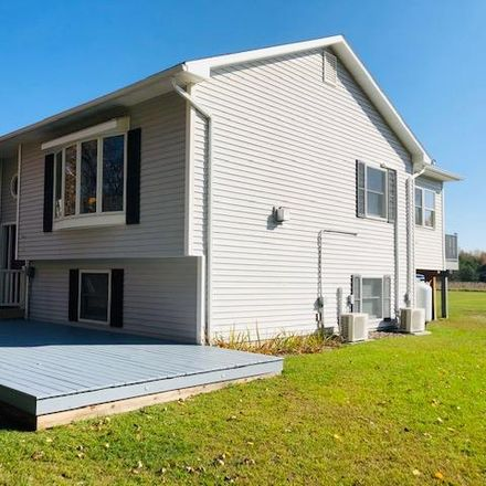 Rent this 3 bed house on 847 Irish Settlement Road in Clinton County, NY 12962