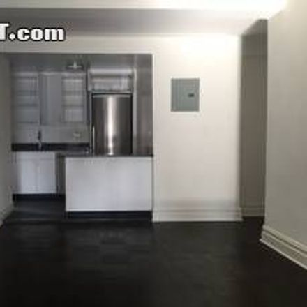 Rent this 3 bed apartment on 137 East 38th Street in New York, NY 10016