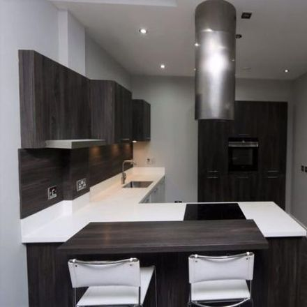 Rent this 2 bed apartment on FootAsylum in Argyle Street, Glasgow G2 8BX