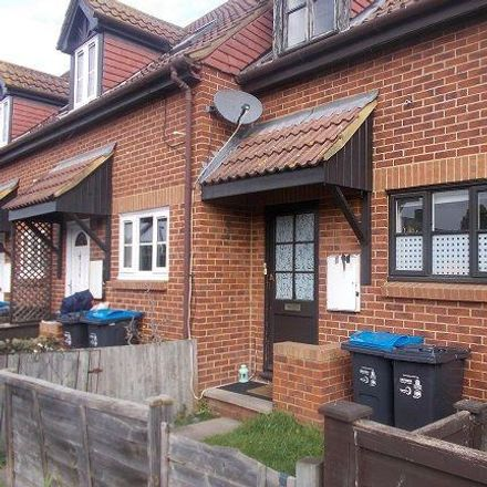 Rent this 2 bed house on Boundary Road in London SW19 2AF, United Kingdom