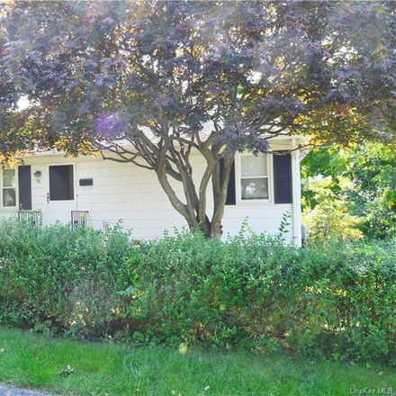 Rent this 2 bed house on 96 Columbus Avenue in Mount Pleasant, NY 10570