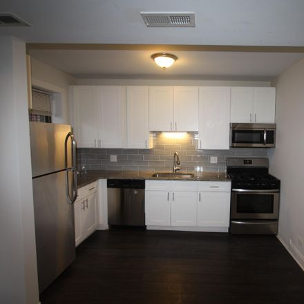 Rent this 3 bed apartment on 2539 West Carmen Avenue in Chicago, IL 60625