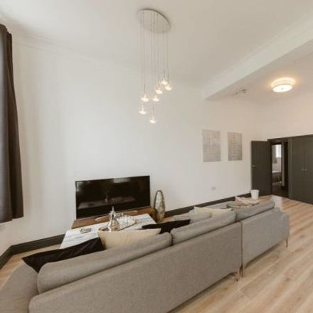 Rent this 4 bed apartment on Studio 1 in 114 Power Road, London W4 5PY