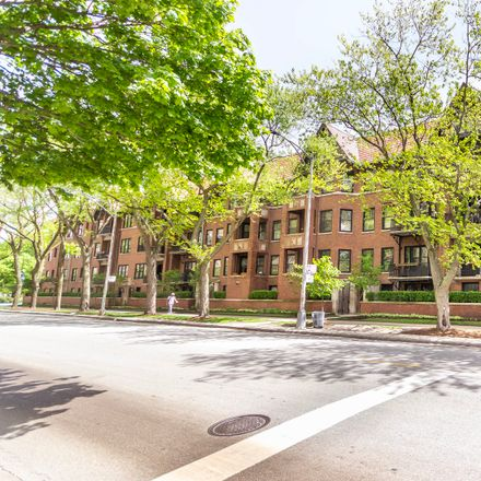 Rent this 2 bed condo on 1617 East Hyde Park Boulevard in Chicago, IL 60615