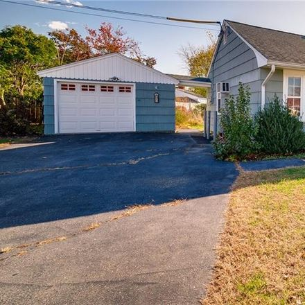 Rent this 3 bed house on 83 Indian Field Road in Bridgeport, CT 06606
