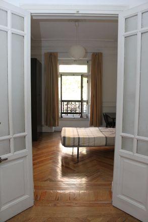 Rent this 7 bed room on La Boleta Gastrobar in Calle de Sagasta, 28001 Madrid