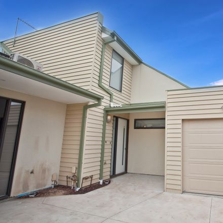 Rent this 2 bed townhouse on 4/30A Graham Street