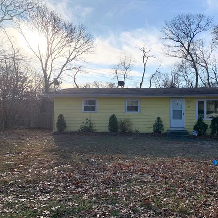 Rent this 4 bed house on 94 Carlton Avenue in Mastic, NY 11950