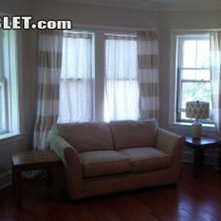 Rent this 3 bed apartment on 8723 Trumbull Avenue in Skokie, IL 60076